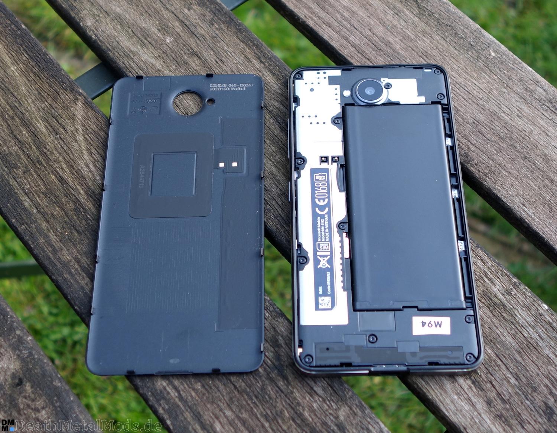 Lumia650OpenBack